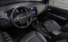 2013 Chrysler 200 Photo 5