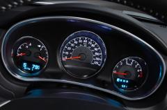 2014 Chrysler 200 interior