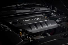 2015 Chrysler 200 S AWD exterior
