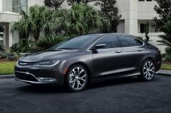 2016 Chrysler 200 Photo 3