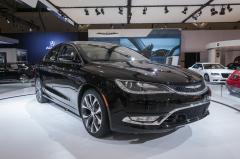 2016 Chrysler 200 Photo 6