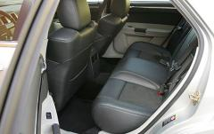 2006 Chrysler 300 interior