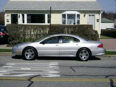2002 Chrysler Concorde Photo 24