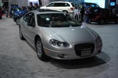 2003 Chrysler Concorde Photo 4