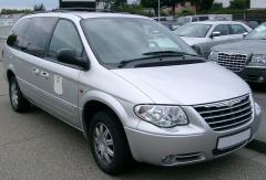 2000 Chrysler Grand Voyager Photo 1