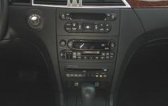 2004 Chrysler Pacifica interior