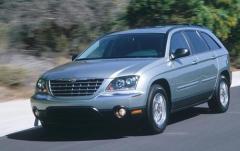 2004 Chrysler Pacifica Photo 3