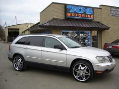 2005 Chrysler Pacifica Photo 1