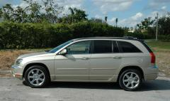 2006 Chrysler Pacifica Photo 2