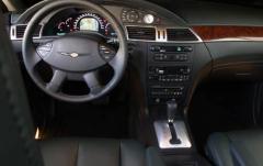 2006 Chrysler Pacifica interior