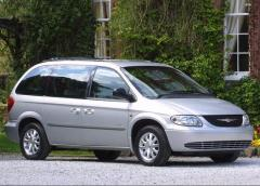 2003 Chrysler Voyager Photo 1