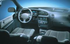 1996 Dodge Caravan interior