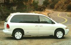 1996 Dodge Caravan exterior