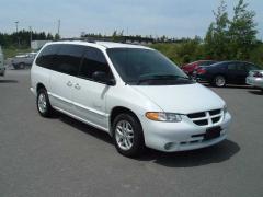 2000 Dodge Caravan Photo 1