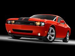 2009 Dodge Challenger Photo 2
