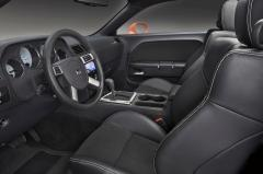 2010 Dodge Challenger interior
