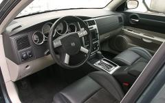 2006 Dodge Charger interior