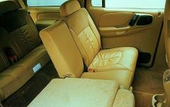 1999 Dodge Durango interior