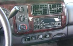 2000 Dodge Durango interior