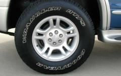 2002 Dodge Durango exterior