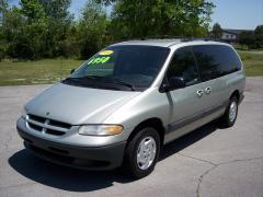 1999 Dodge Grand Caravan Photo 1
