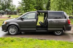 2016 Dodge Grand Caravan exterior