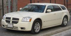 2005 Dodge Magnum Photo 1
