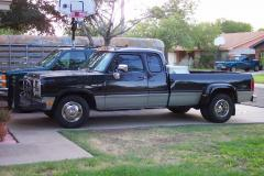 1992 Dodge Ram 350 Photo 2