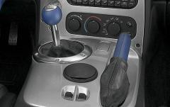 2006 Dodge Viper interior