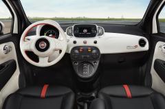 2016 Fiat 500e interior