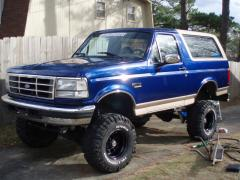 1996 Ford Bronco Photo 3