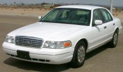 2008 Ford Crown Victoria Photo 1