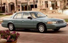 2010 Ford Crown Victoria exterior
