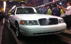 2011 Ford Crown Victoria Photo 4