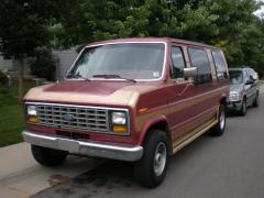 1990 Ford Econoline Photo 4