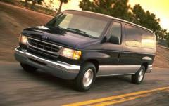 1999 Ford Econoline Wagon exterior