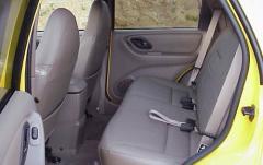 2001 Ford Escape interior