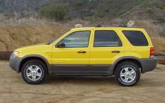 2001 Ford Escape exterior