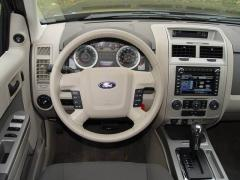 2004 Ford Escape Photo 14