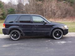 2005 Ford Escape Photo 2