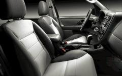 2006 Ford Escape interior