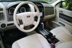 2009 Ford Escape Photo 2