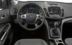 2013 Ford Escape SEL 4WD Photo 2