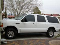 2000 Ford Excursion Photo 17