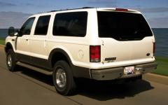 2000 Ford Excursion Photo 18