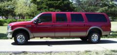 2003 Ford Excursion Photo 2