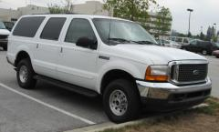2004 Ford Excursion Photo 2