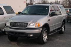 2002 Ford Expedition Photo 2