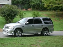 2002 Ford Expedition Photo 6