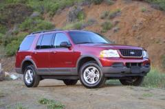 2005 Ford Explorer Photo 3